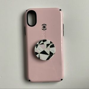 Pink iPhone X/XS case with pop socket